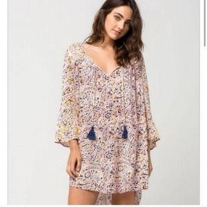 Billabong Paisley/Floral Shift Dress Size Small